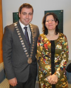 Mayor of the County of Cork Cllr. John Paul O' Shea met with the Consul General of Ireland in Shanghai, Therese Healy, who is a native of Bweeng, Mallow.