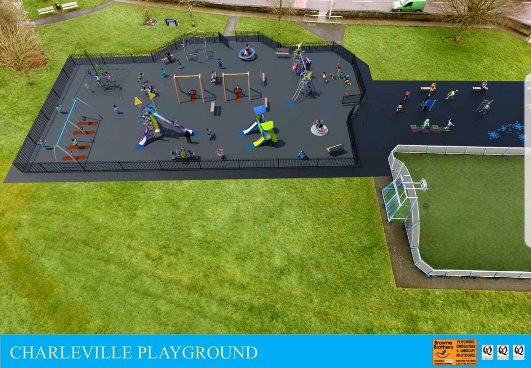 O'Shea Welcomes Contract Signing for Charleville Playground Refurbishment Works