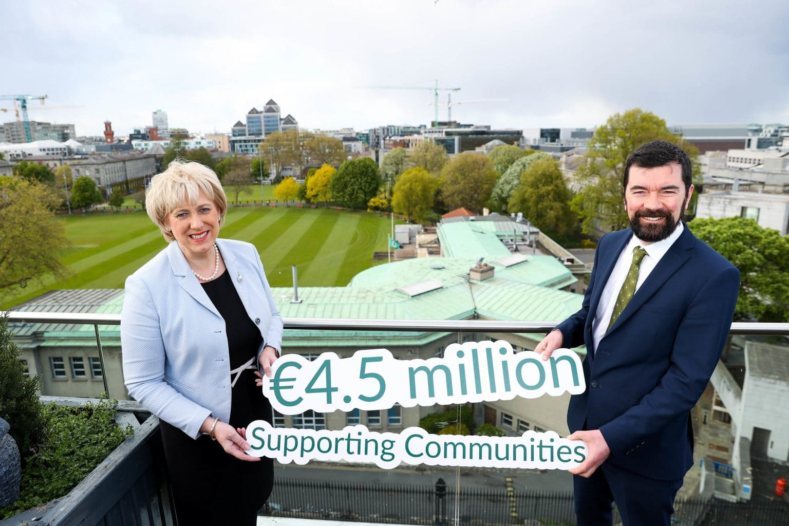 Ministers Humphreys and O'Brien announce €4.5 million to improve community facilities